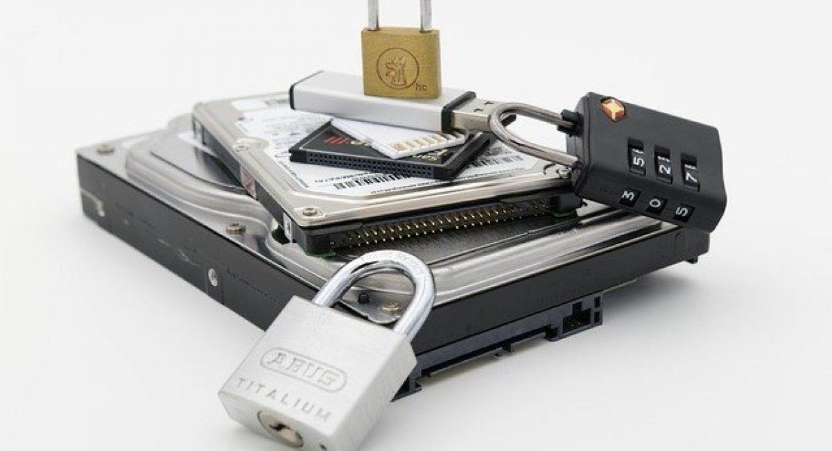 Datensicherheit Festplatte mit Sicherheitsschloss